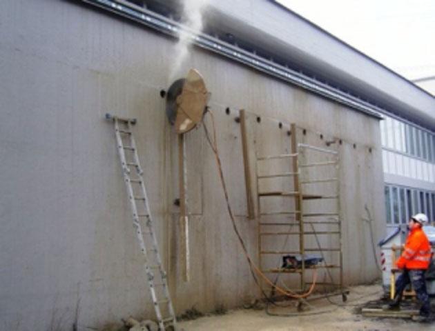 taglio-muro-cemento-armato