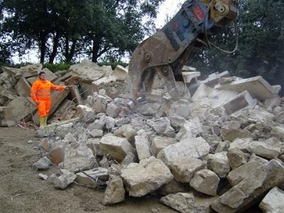 19 pinza frantumatrice per cemento armato