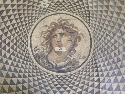 2 Rosone del mosaico