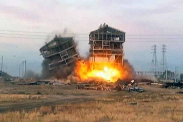 Demolizione con esplosivo 600 x 400