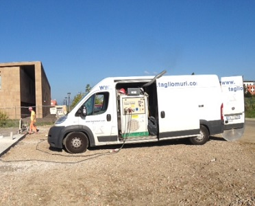 Furgone con generatore formato 300 x 400